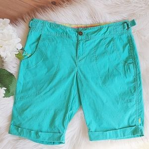 Lucy Mint Green Cuffed Stretch Bermuda Shorts-8
